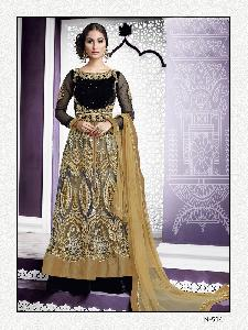 Exclusive Embroidered Designer Lahenga