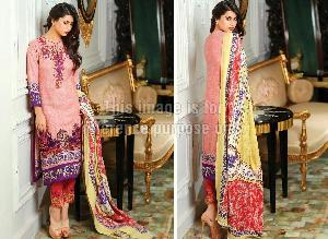 Pakistani Emroidered Suit With Printed Chiffon Dupatta