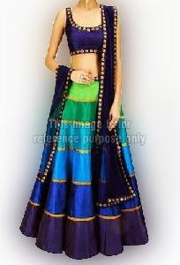 Fascinating Lehenga Choli with Dupatta